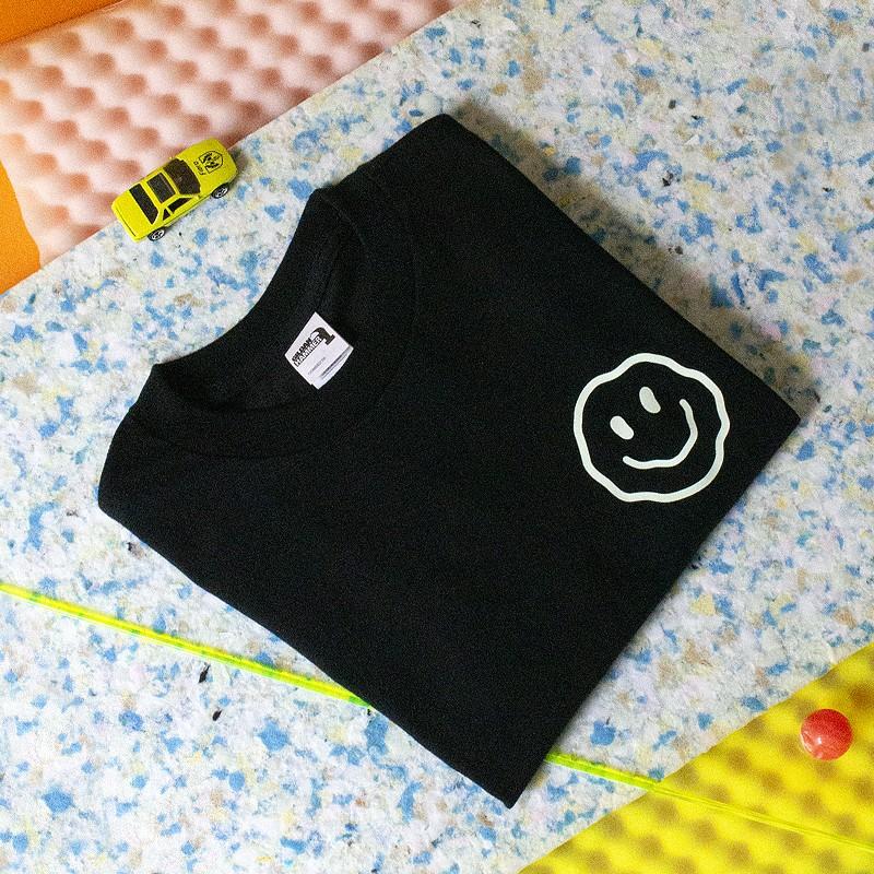 "Amore Store x Ilona Hartmann ""Smiley"" T-Shirt, Kinder"