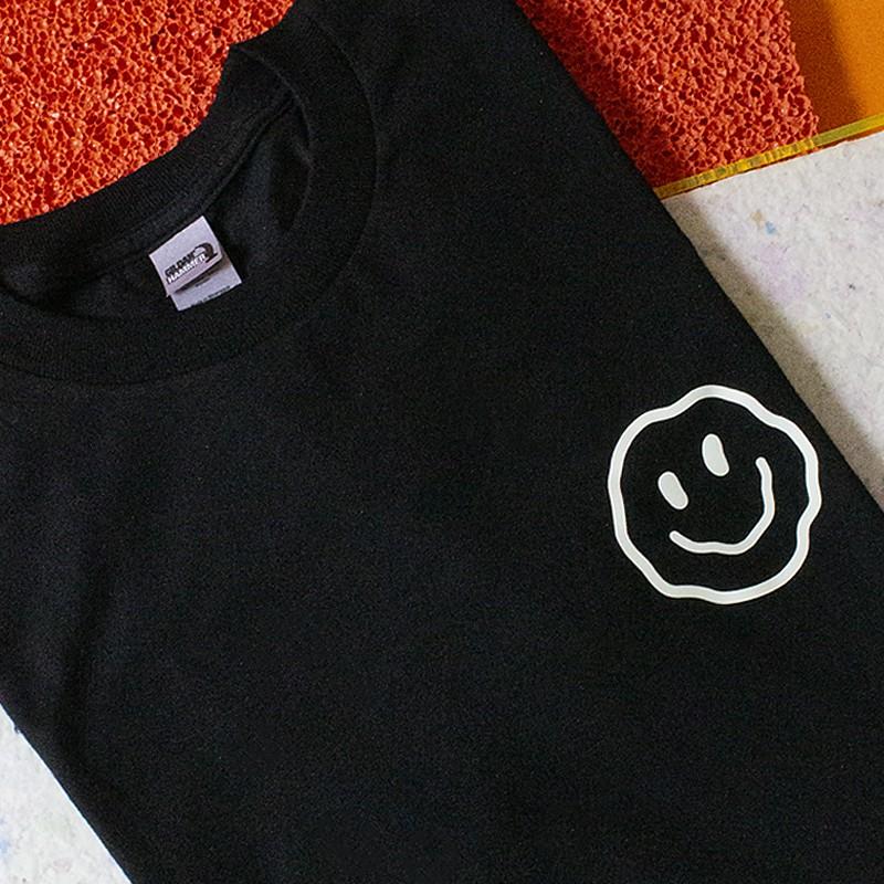 """Amore Store x Ilona Hartmann """"Tutto Secco GLOW"""" T-Shirt, unisex"""