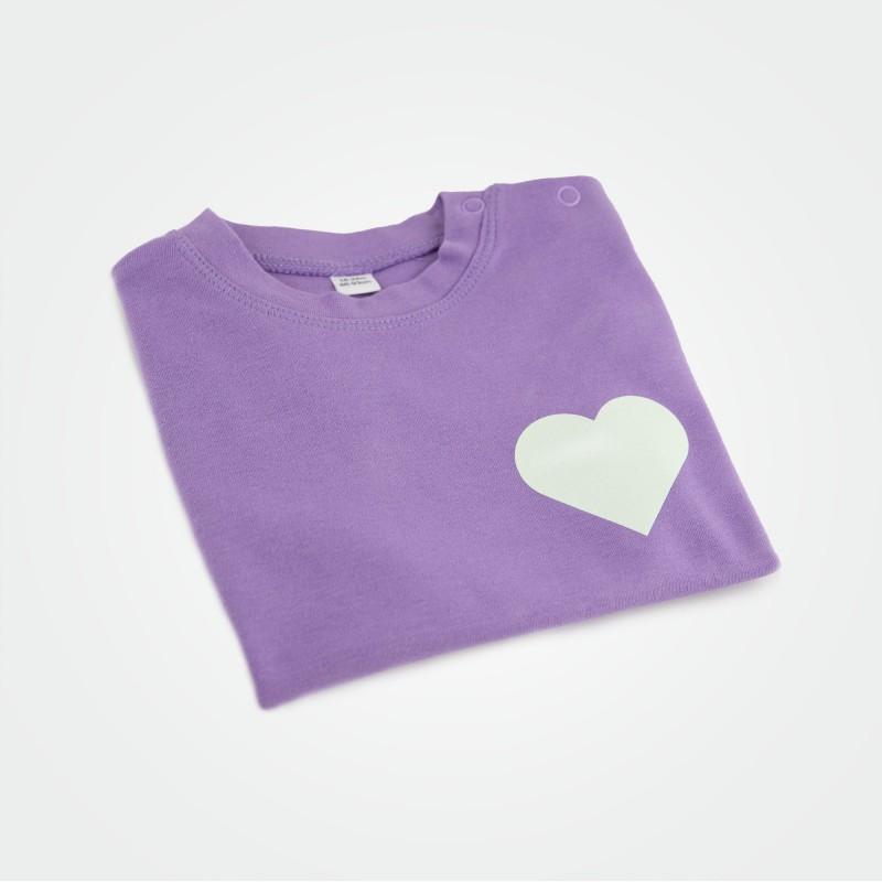 Organic Kinder T-Shirt mit Herz, lila (glow)